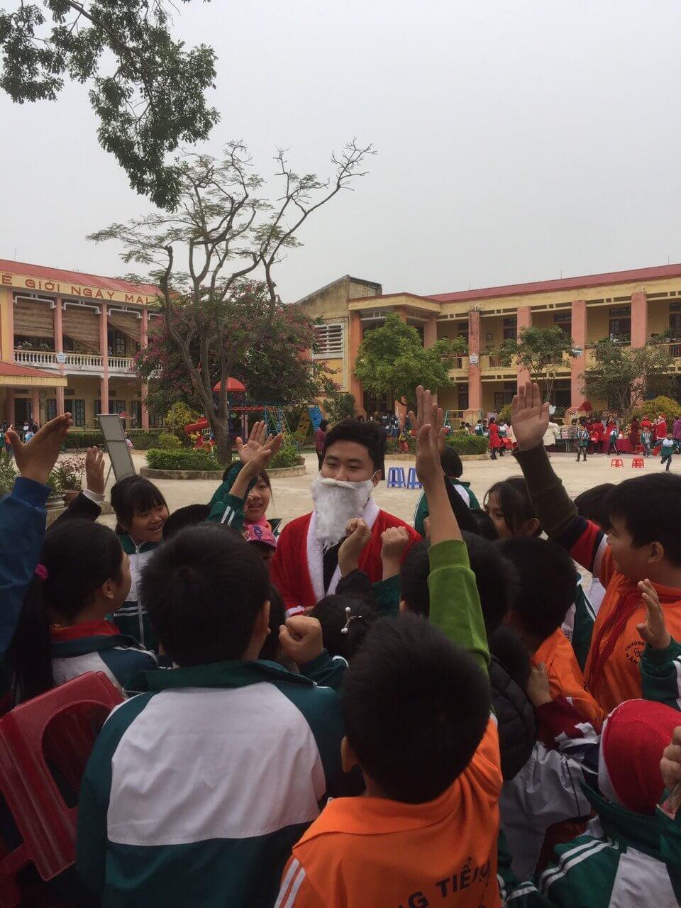 Van To primary school, Hai Duong